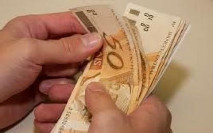 950 mil paraibanos dependem de salário mínimo