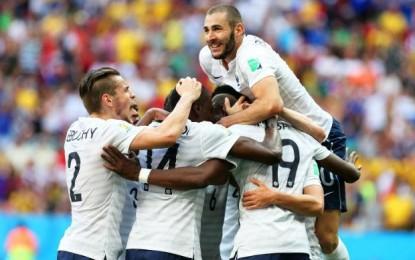 França pressiona no fim, derrota Nigéria e garante vaga nas quartas