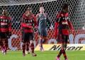 Flamengo joga mal e sofre goleada para o Coritiba na Copa do Brasil