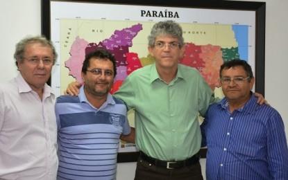 Lideranças de oposição em Umbuzeiro e vereadoras de Taperoá anunciam apoio a Ricardo Coutinho. Confira!