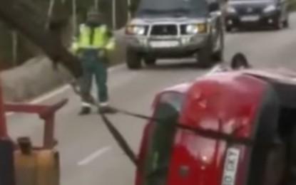 Fantasma é visto saindo de carro após acidente fatal