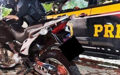 Motocicleta roubada há mais de 3 anos é recuperada pela PRF em Sumé