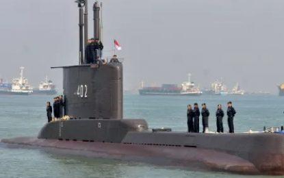Submarino desaparecido é encontrado com 53 tripulantes mortos