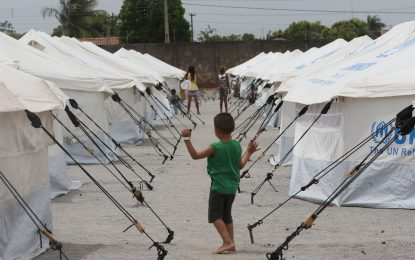 Refugiados no Brasil veem futuro por meio de educação, saúde e esporte