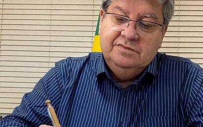 Governador da Paraíba faz advertência sobre filiação de Ricardo Coutinho ao PT