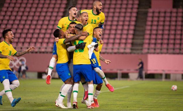 Brasil vence México nos pênaltis e enfrenta Espanha na final das Olimpíadas